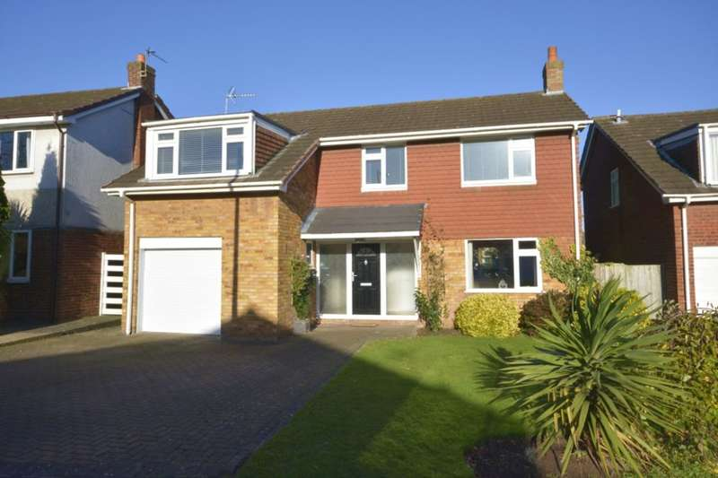 4 Bedrooms Detached House for sale in Springbourne, Frodsham, WA6
