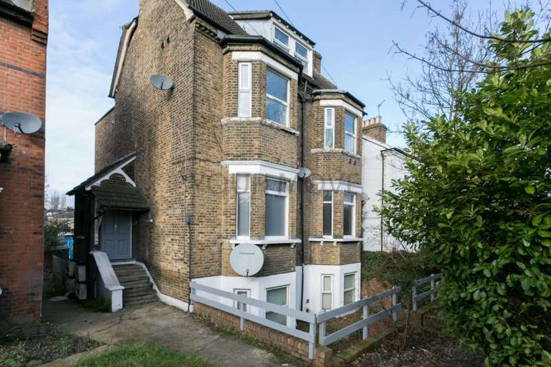 2 Bedrooms Flat for sale in Kingswood Road, Leytonstone, London, E11