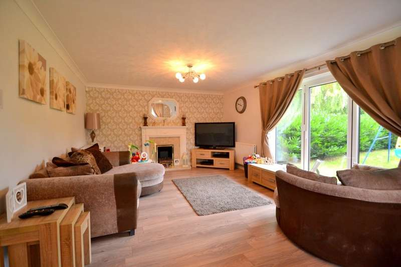 3 Bedrooms Detached House for sale in St. Johns Avenue, Kingsthorpe, Northampton, NN2