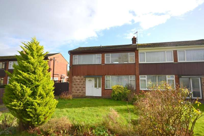 3 Bedrooms Semi Detached House for sale in Puxley Road, Deanshanger, Milton Keynes, MK19