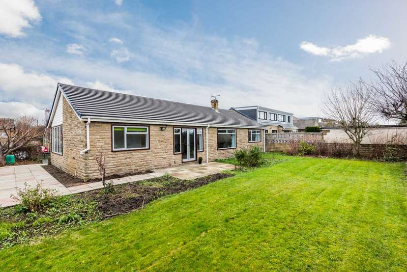 4 Bedrooms Detached House for sale in Stockhill Street, Dewsbury