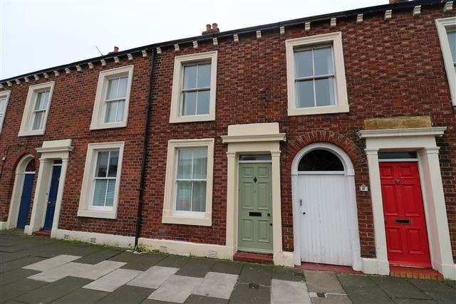 4 Bedrooms Terraced House for rent in St. Nicholas Street, Carlisle, Cumbria, CA1 2EF