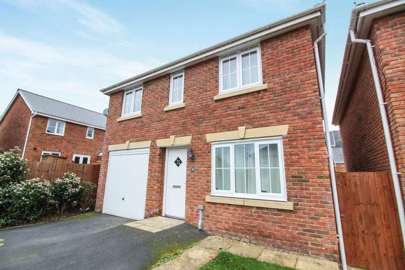 4 Bedrooms Detached House for sale in Punchbowl View, Llanfoist, Abergavenny, NP7