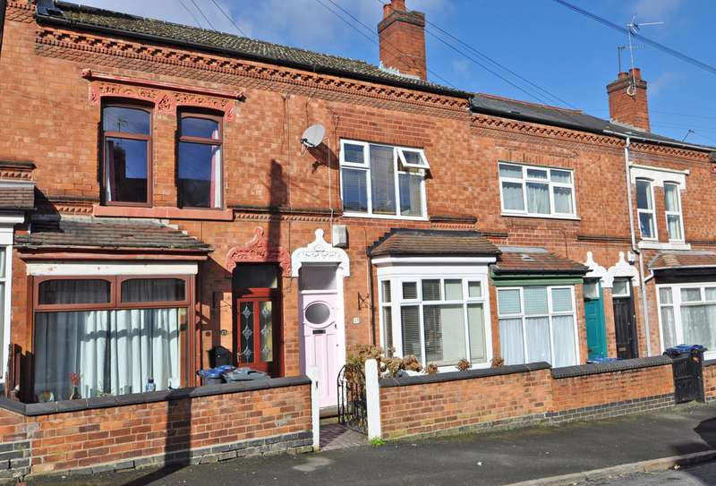 2 Bedrooms Terraced House for rent in Regent Street, Stirchley, Birmingham, B30