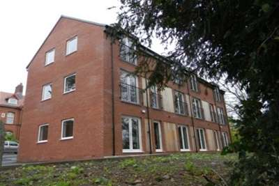 2 Bedrooms Property for rent in Aquinas Court, Middleton Hall Road, Kings Norton