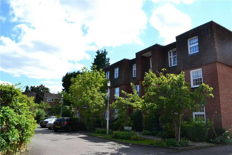 2 Bedrooms Parking Garage / Parking for sale in Northfield Court, Henley-on-Thames, RG9