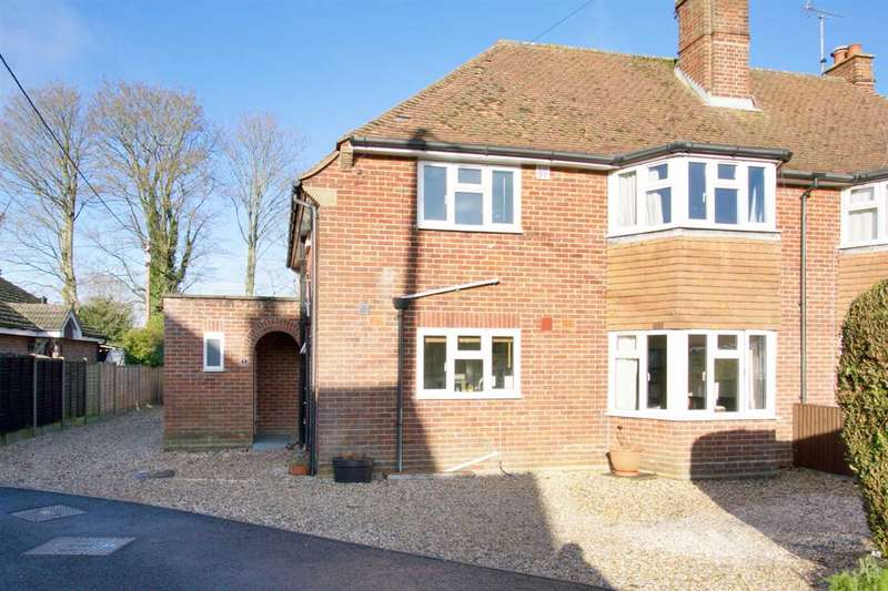 3 Bedrooms Apartment Flat for sale in Garston Mede, Chilbolton