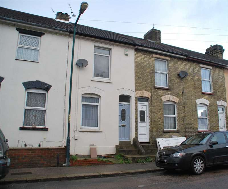 2 Bedrooms Terraced House for sale in Montfort Road, STROOD