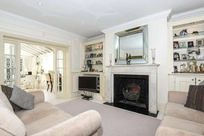 3 Bedrooms Maisonette Flat for sale in Haverstock Hill, Belsize Park