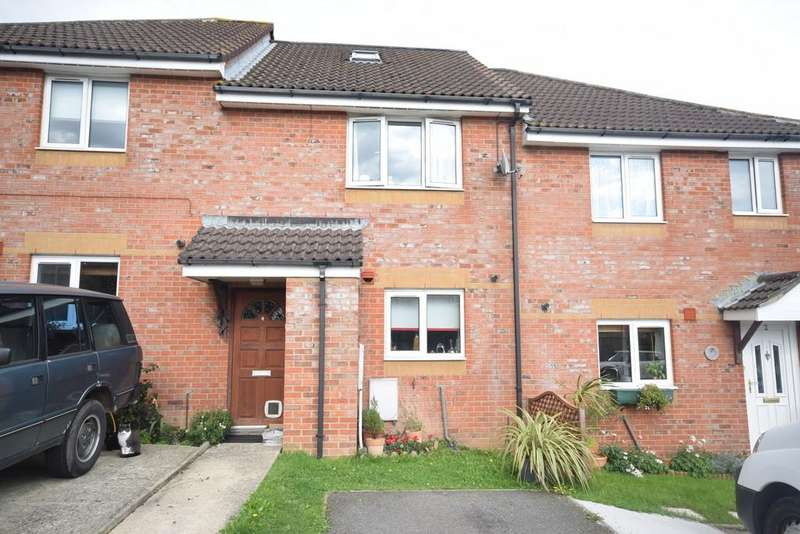 3 Bedrooms Terraced House for sale in Charnwood Close, Newport