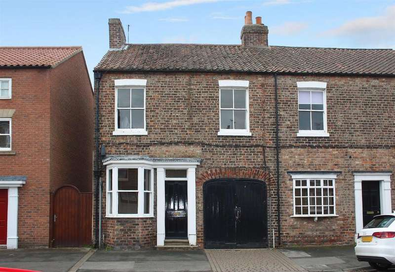 2 Bedrooms Terraced House for sale in Long Street, Easingwold