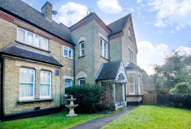 4 Bedrooms House for rent in Mount Park Road, Harrow on the Hill, HA1