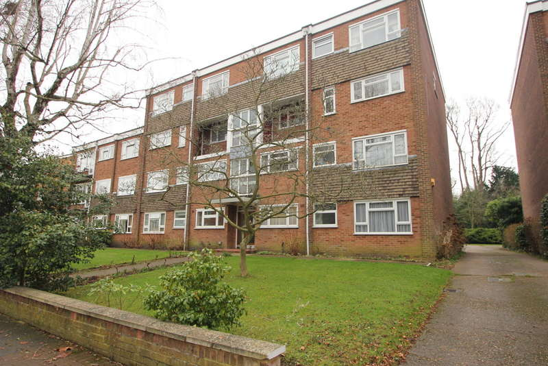 2 Bedrooms Ground Flat for sale in Lovelace Road, Surbiton
