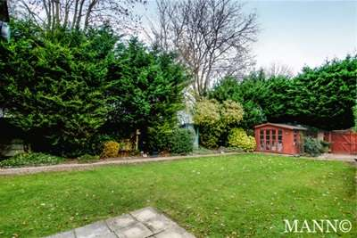 4 Bedrooms House for rent in Lyme Farm Road, SE12