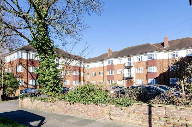 2 Bedrooms Flat for rent in St Thomas Drive, Hatch End, HA5