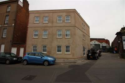 3 Bedrooms Flat for rent in Moss House, Moss Street