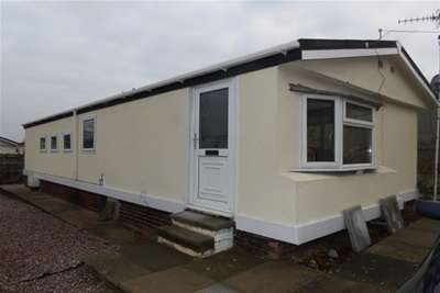 2 Bedrooms Detached Bungalow for rent in Sunningdale Park, Chesterfield