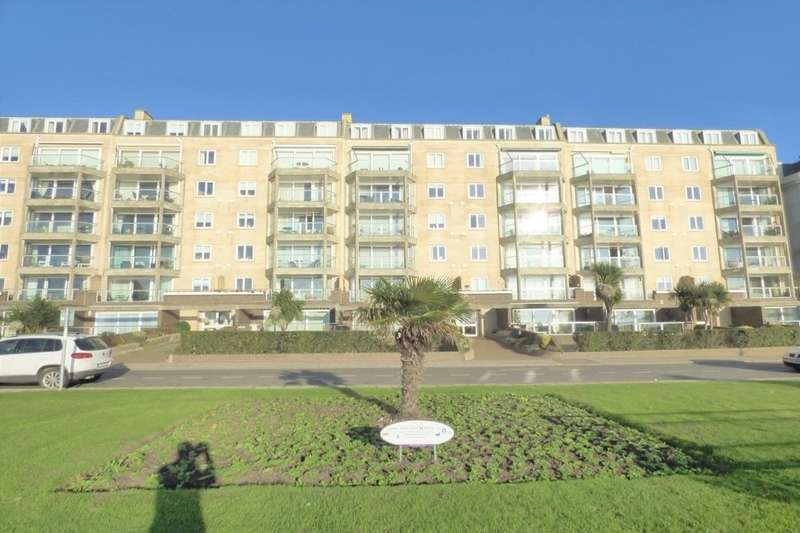 2 Bedrooms Flat for sale in Carlton Leas The Leas, Folkestone, CT20