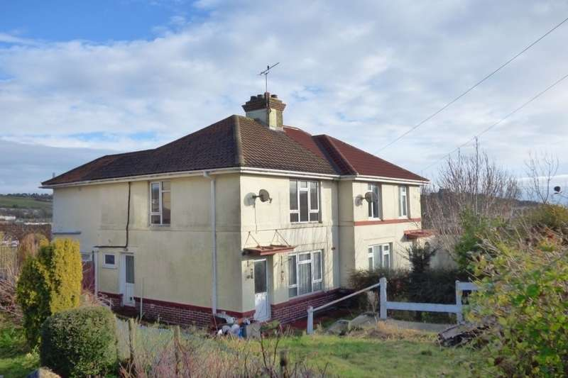 2 Bedrooms Semi Detached House for sale in Bunkers Hill Road, Dover, CT17