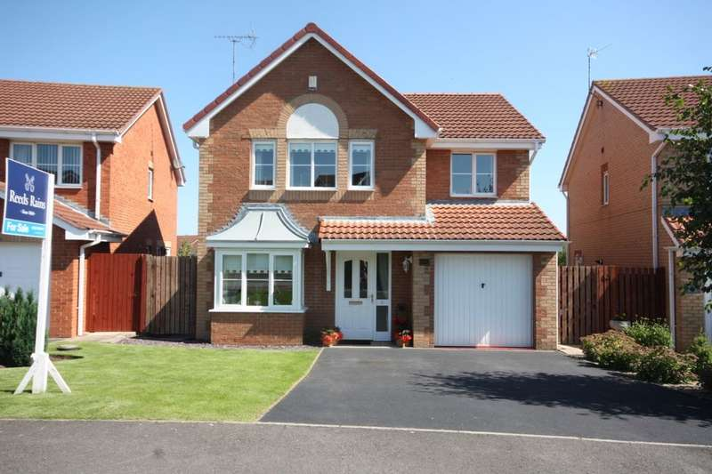 4 Bedrooms Detached House for sale in Allerston Way, Guisborough, TS14