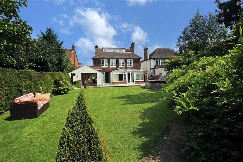 6 Bedrooms Detached House for sale in Manor Way, Beckenham, BR3