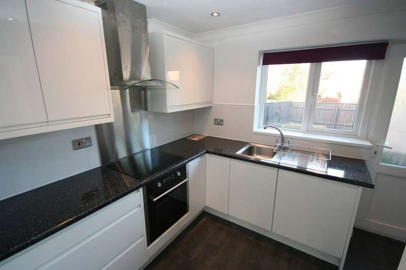 2 Bedrooms Semi Detached House for sale in Guisborough Street, Eston, Middlesbrough, TS6