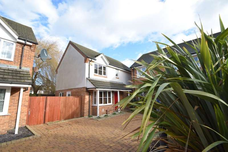 3 Bedrooms Detached House for sale in Joseph Court, Portsmouth, PO3