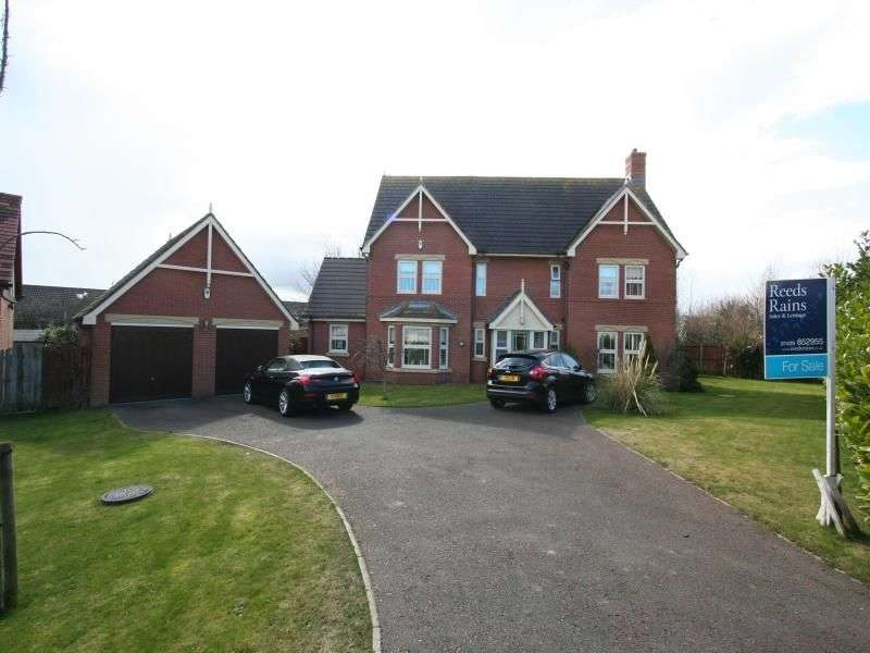 4 Bedrooms Detached House for sale in Kingfisher Close, Bishop Cuthbert, Hartlepool, TS26