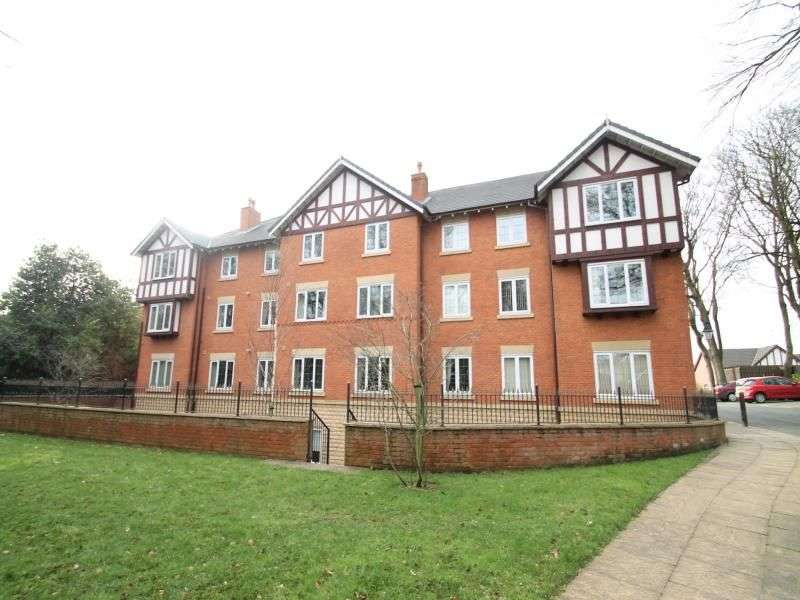 2 Bedrooms Flat for rent in Orchard Court, Bury, BL9
