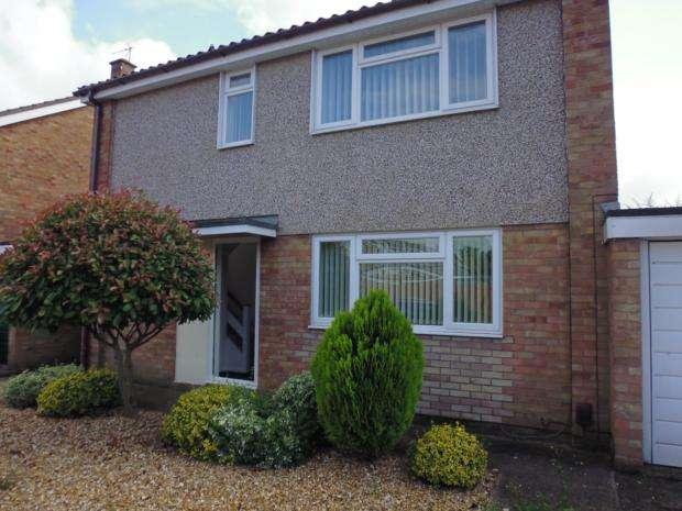 4 Bedrooms Semi Detached House for rent in Thurlestone Close, Devon Park, MK40