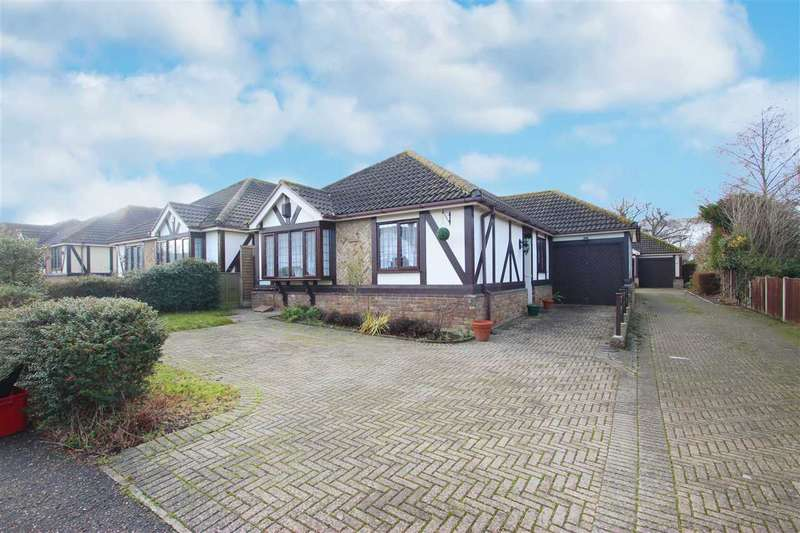 3 Bedrooms Bungalow for sale in Sladburys Lane, Holland-on-Sea
