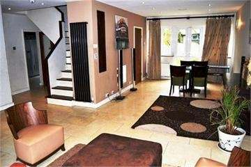 4 Bedrooms Detached House for rent in Abercorn Road, Mill Hill
