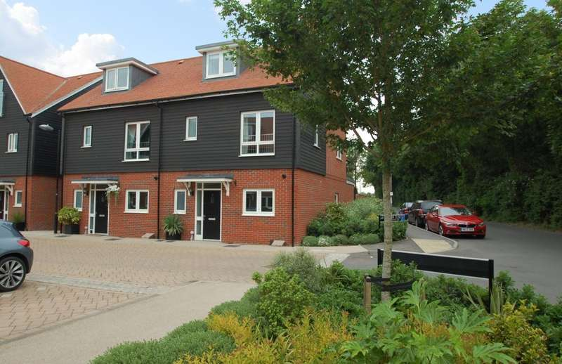 4 Bedrooms Town House for rent in Schuster Close, Cholsey, Wallingford, OX10