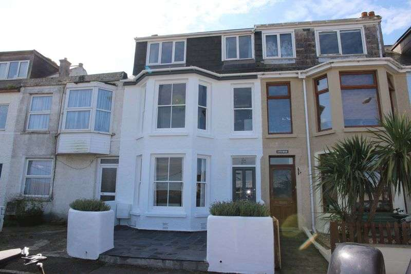 3 Bedrooms Property for sale in Carclew Avenue, Newquay
