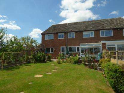 3 Bedrooms Semi Detached House for sale in St. Helena Road, Polesworth, Tamworth, Warwickshire