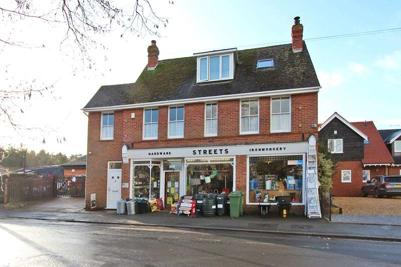 3 Bedrooms Shop Commercial for sale in Brookley Road, Brockenhurst
