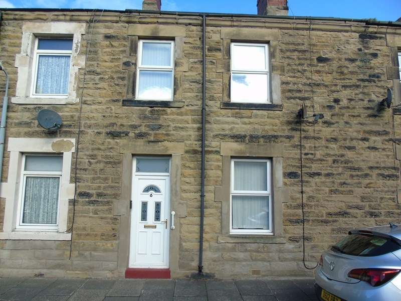 3 Bedrooms Property for sale in Leazes Street, Amble, Morpeth, Northumberland, NE65 0AL