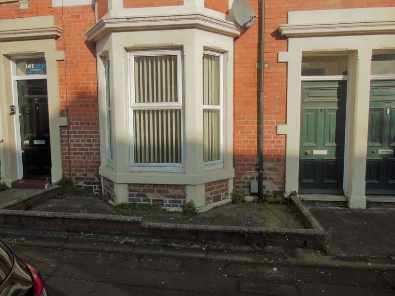 2 Bedrooms Property for sale in Fairfield Road, Newcastle upon Tyne, Tyne and Wear, NE2 3BY