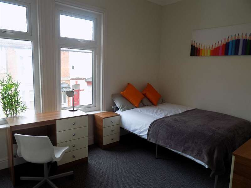 2 Bedrooms House Share For Rent In Clifton Street Middlesbrough Ts1 4bz