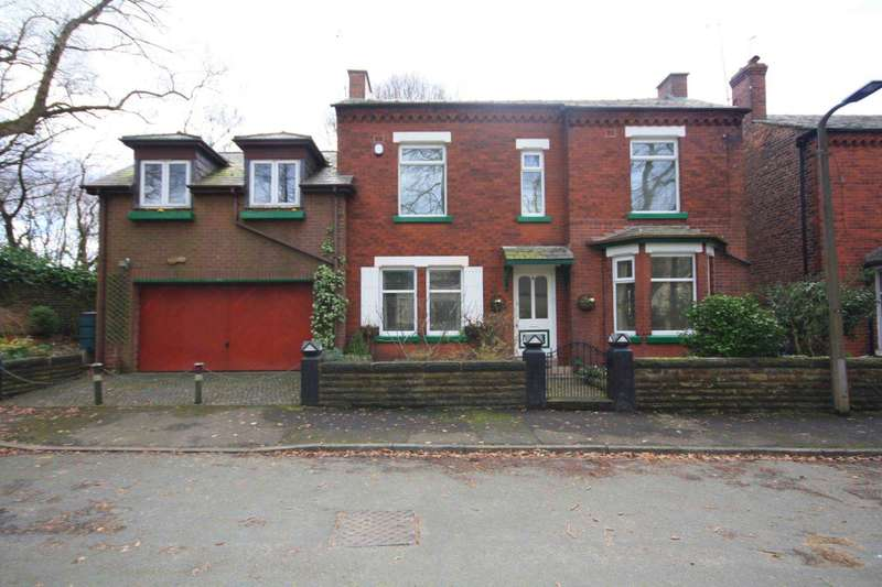 4 Bedrooms Detached House for sale in Carver Avenue, Prestwich