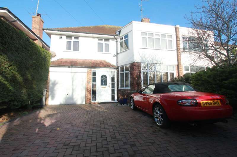 4 Bedrooms Semi Detached House for sale in Robson Road, Worthing
