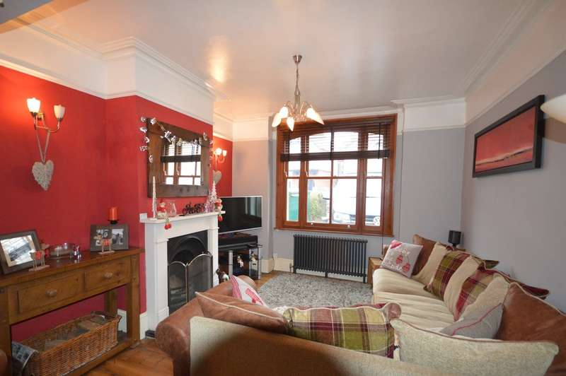 4 Bedrooms Terraced House for rent in Reigate, Surrey