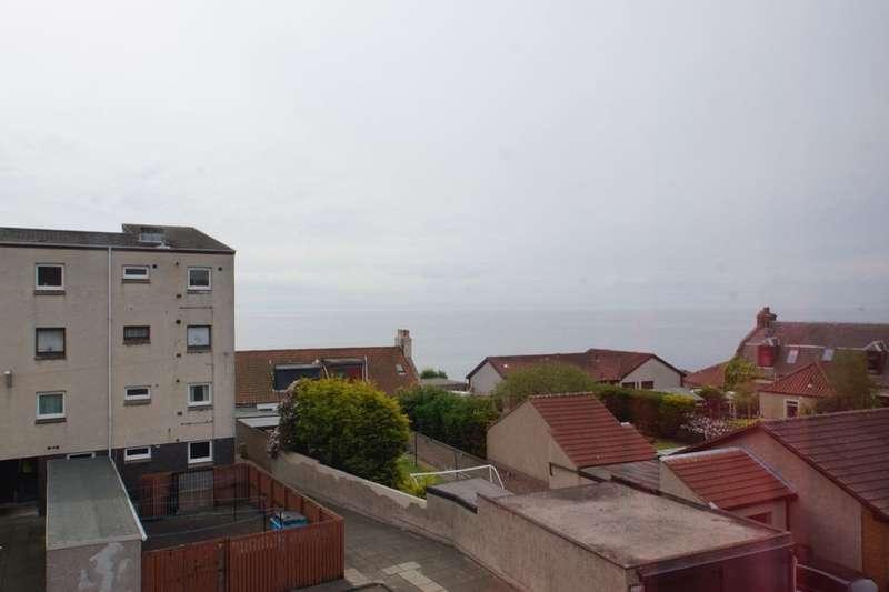 3 Bedrooms Flat for rent in Randolph Street, Buckhaven, Leven, KY8