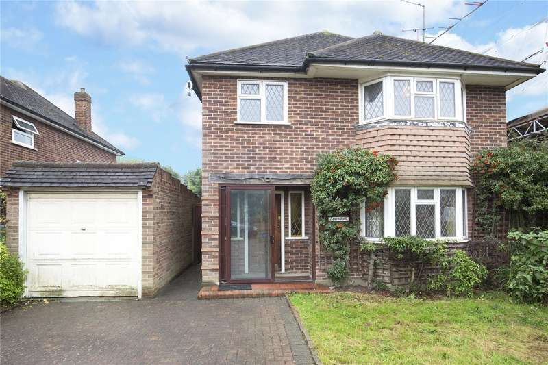 3 Bedrooms Detached House for sale in Cranleigh Road, Esher, Surrey, KT10