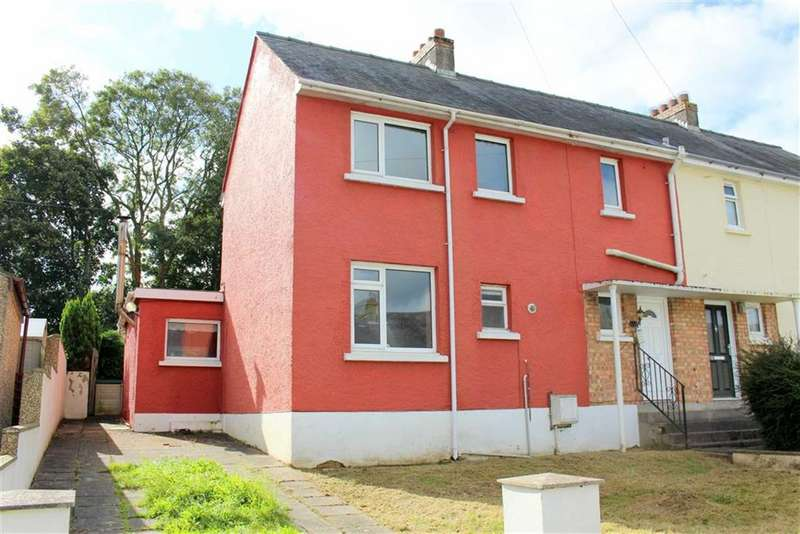 3 Bedrooms Semi Detached House for sale in St. Issells Avenue, Haverfordwest