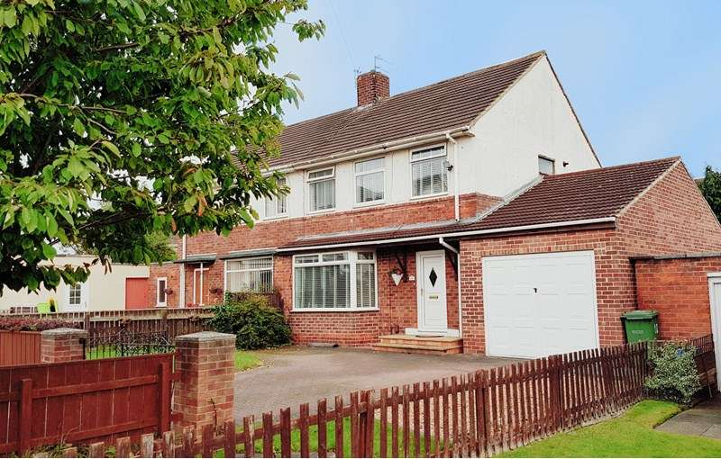 3 Bedrooms Property for sale in Redditch Avenue, Roseworth , Stockton-on-Tees, Cleveland, TS19 9EG