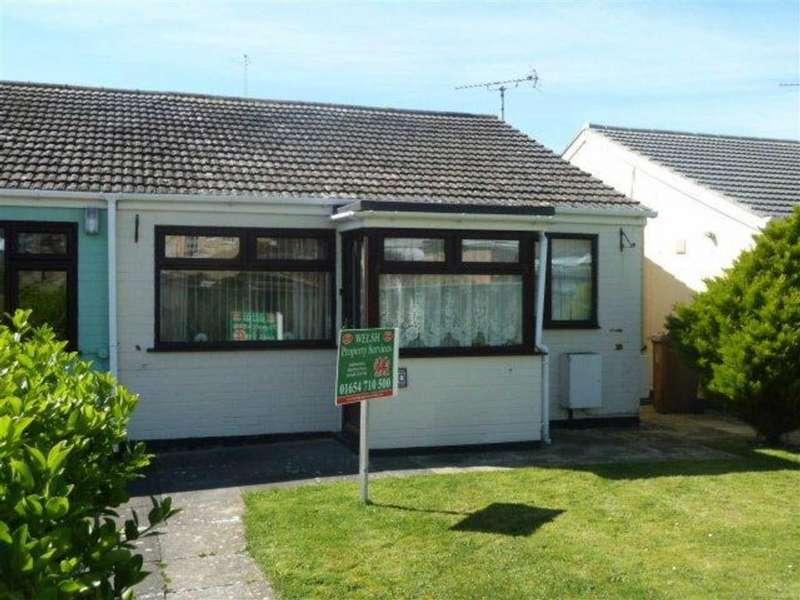 2 Bedrooms Semi Detached Bungalow for sale in 30, Cantref, Tywyn, Gwynedd, LL36