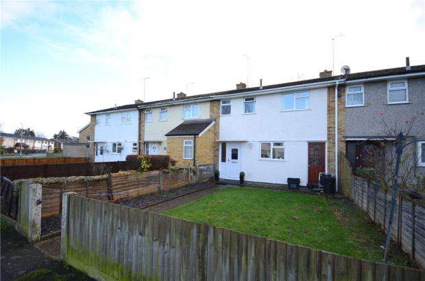 3 Bedrooms Terraced House for sale in Manners Road, Woodley, Reading