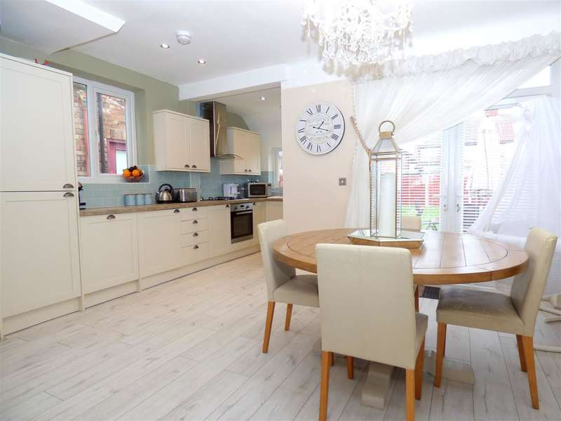 3 Bedrooms Semi Detached House for sale in Jeffereys Crescent, Huyton, Liverpool