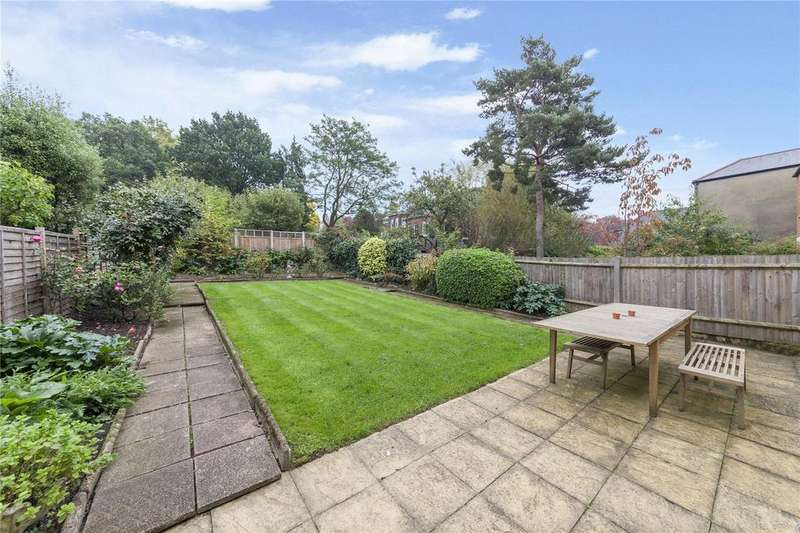 3 Bedrooms Flat for sale in Fortune Green Road, West Hampstead, London
